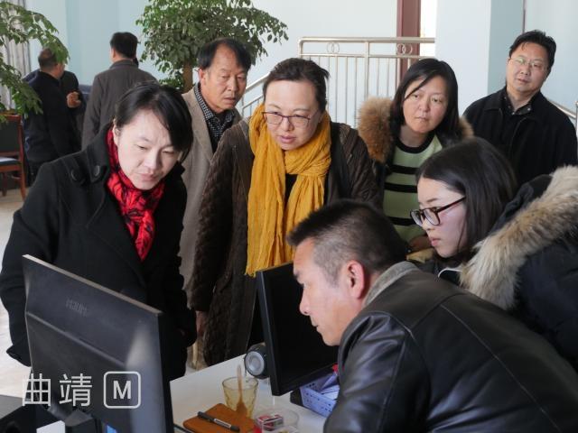 省委组织部和省农业厅联合调研组到麒麟区调研